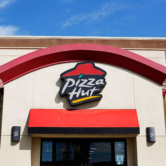 pizza hut manager