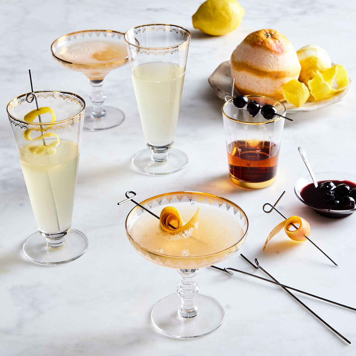 Gold detailed dessert coupes