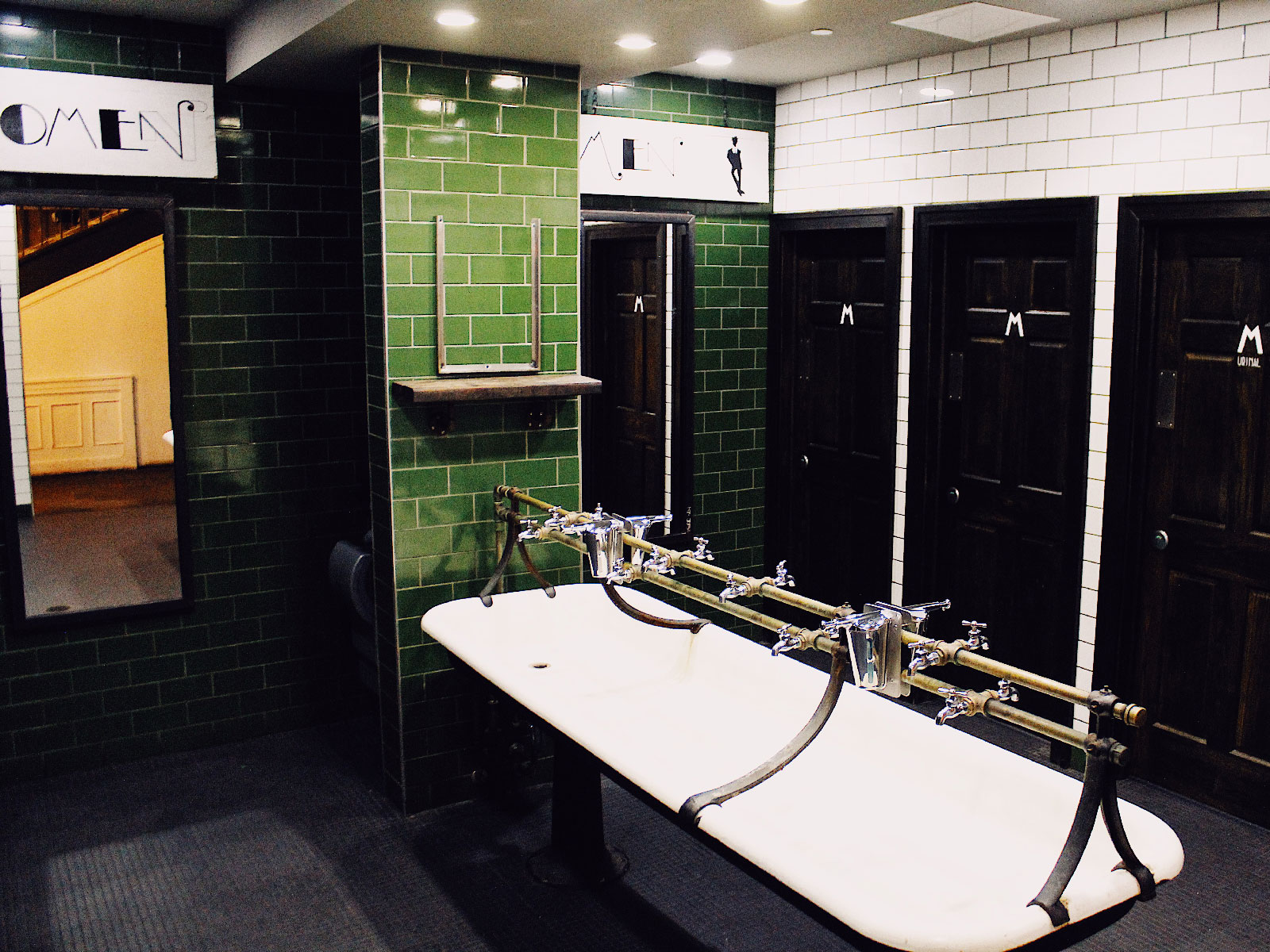 best-restrooms-butcher-brewer-FT-BLOG0819.jpg