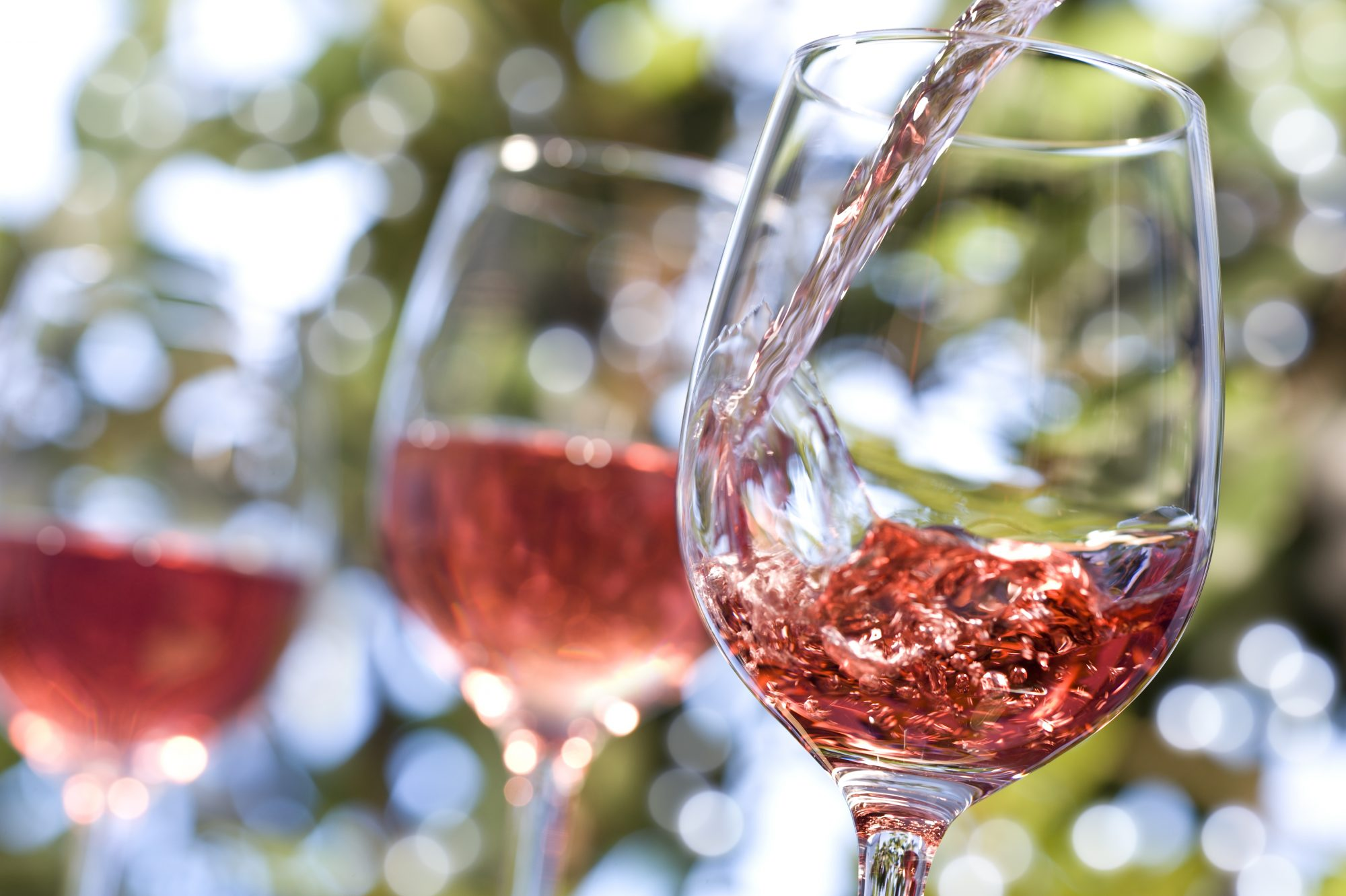 What's the Difference Between White Zinfandel and Rosé?