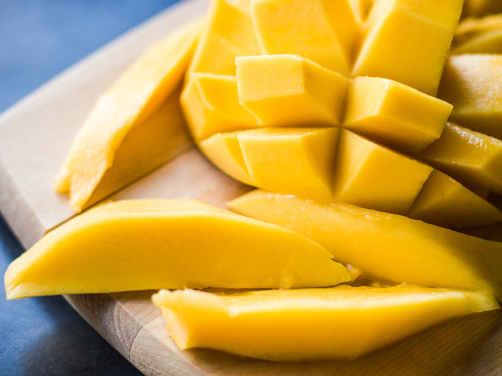 Chefs Refrigerate Mangoes