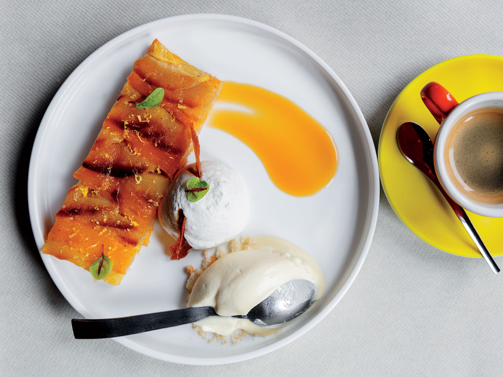 Mango Apple Tarte Tatin with Caramel Sauce