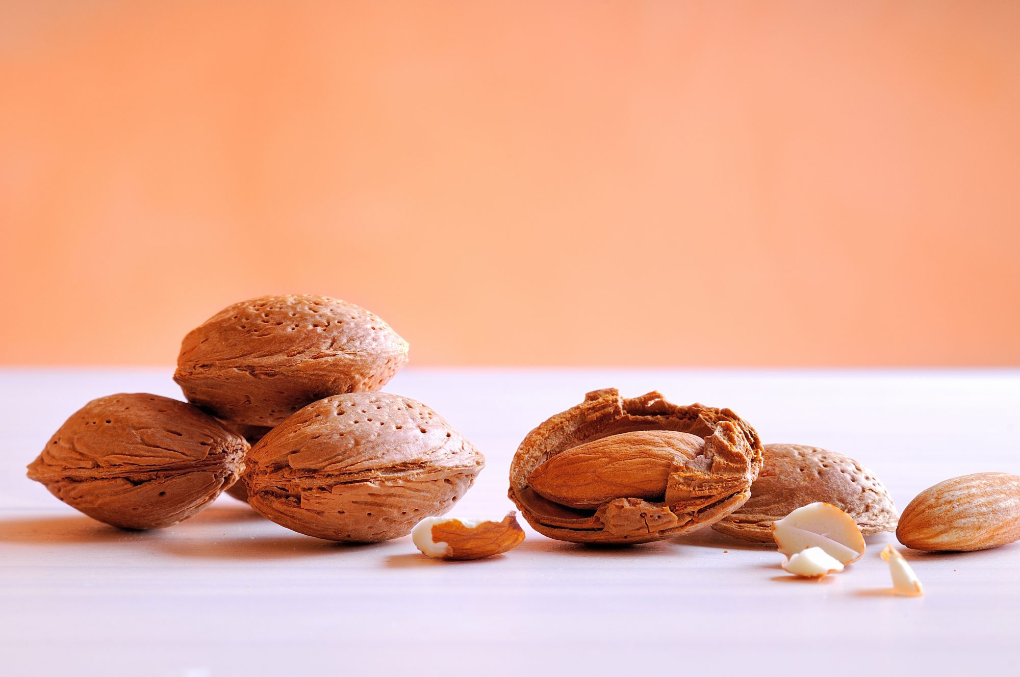 Here's Why You Might Love Almonds, But Hate Almond Extract