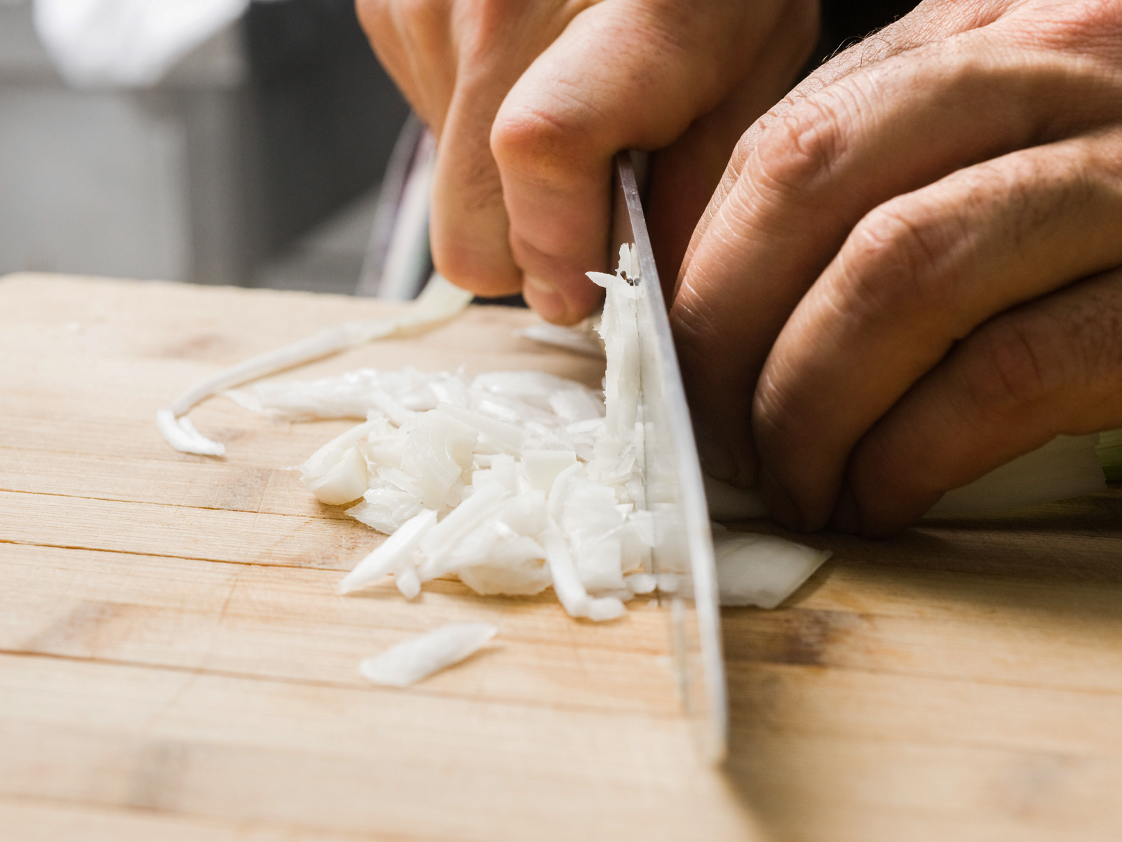 Best Way to Cut An Onion