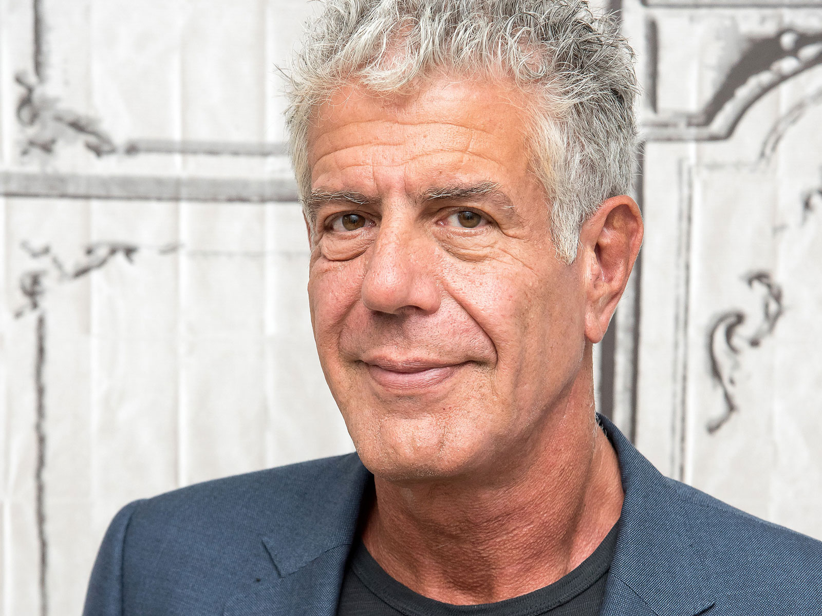 bourdain-auction-FT-BLOG1119.jpg