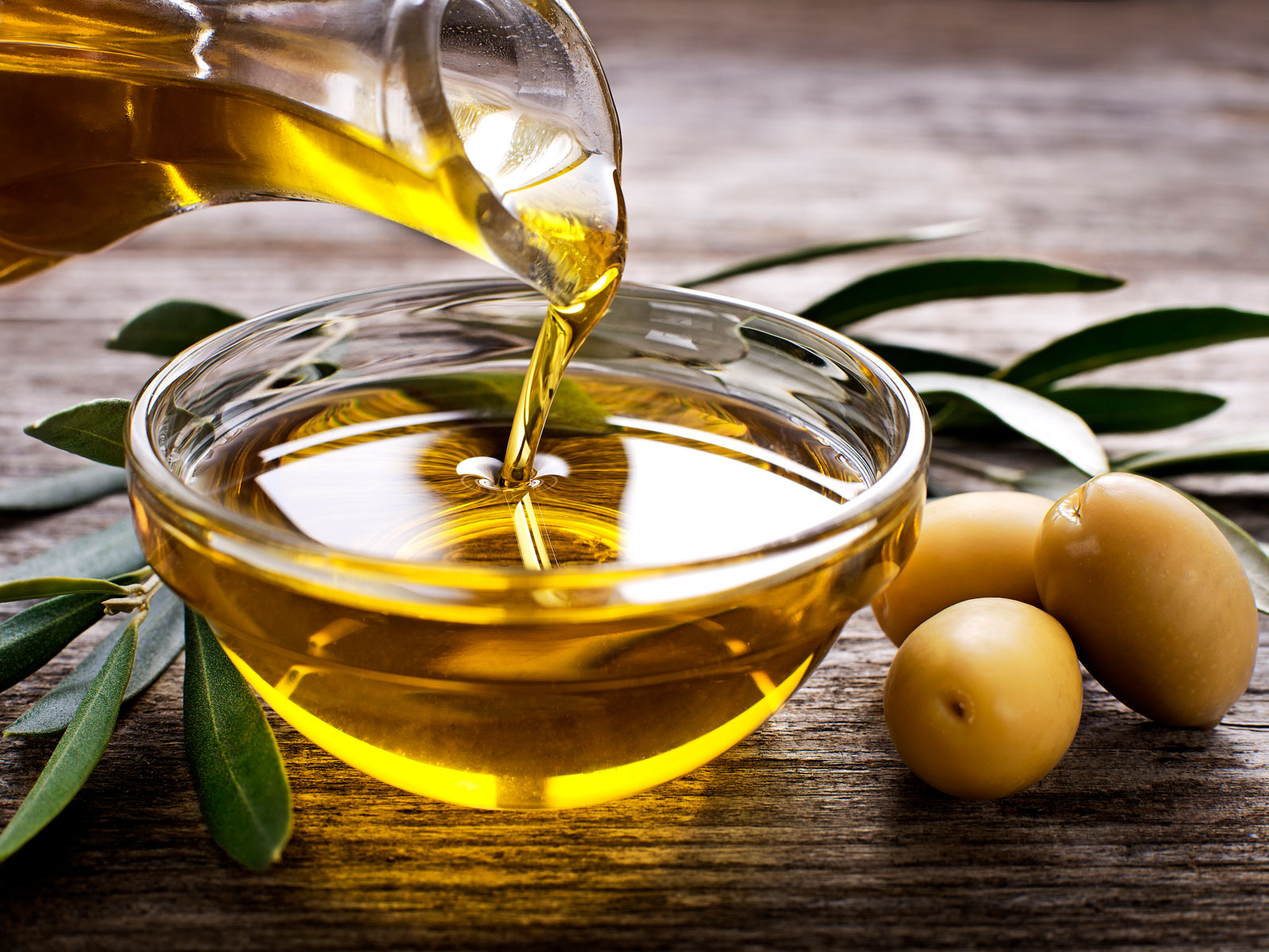olive-oil-fda-standards-FT-BLOG1119.jpg