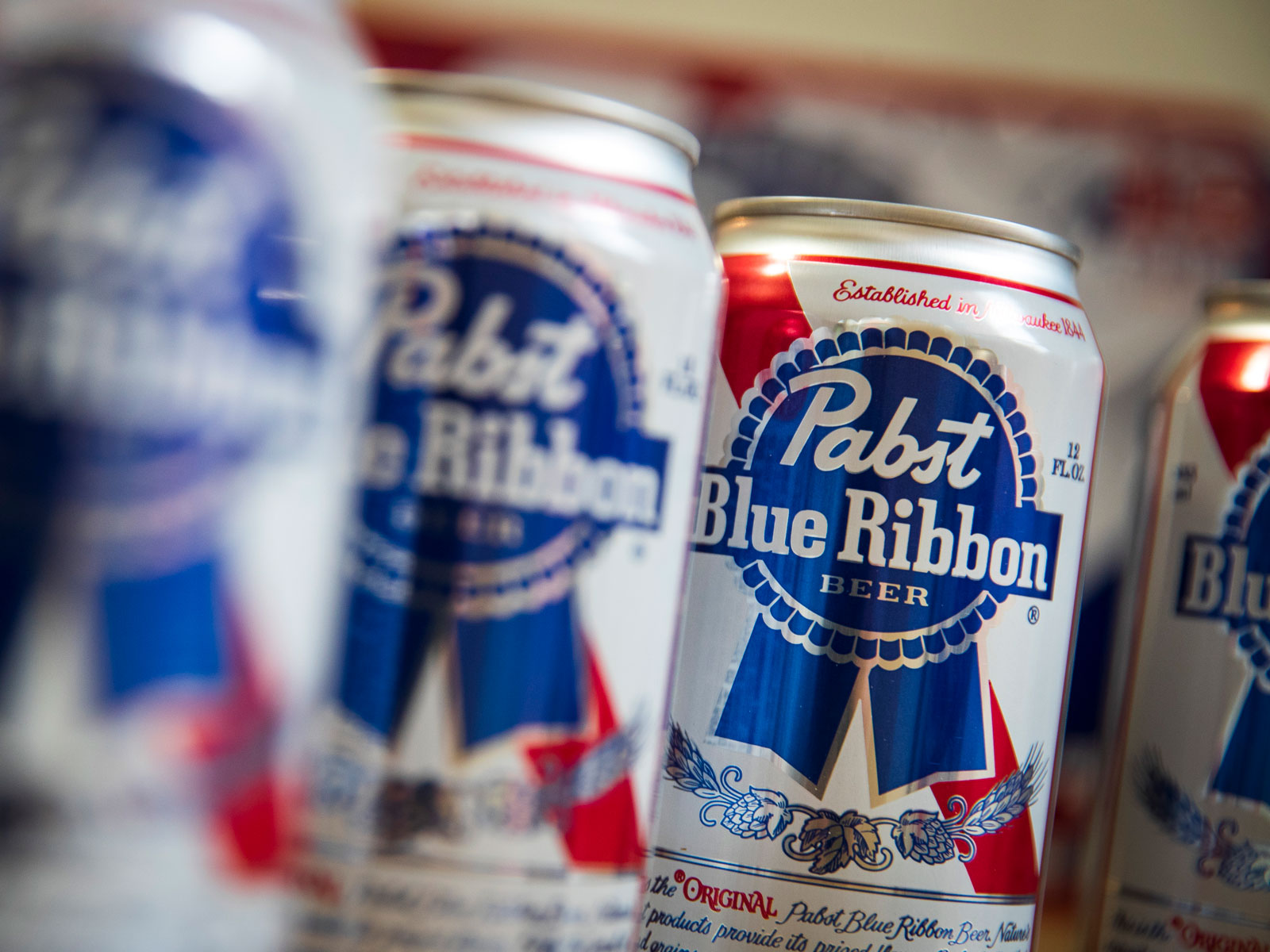 pbr-cans-FT-BLOG1119.jpg
