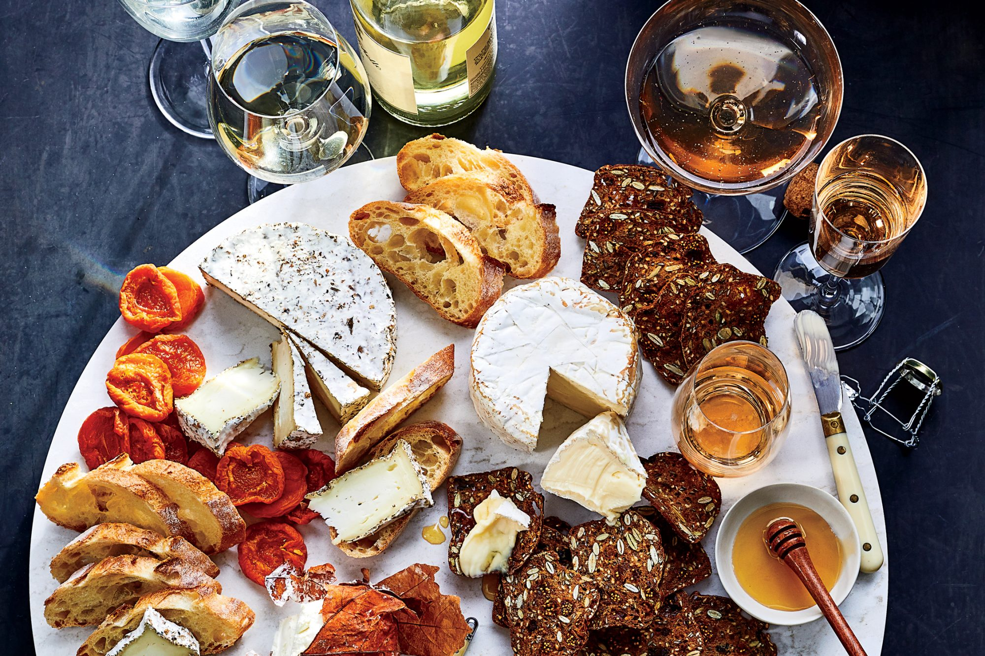 How to Pair Wine and Cheese Like an Expert