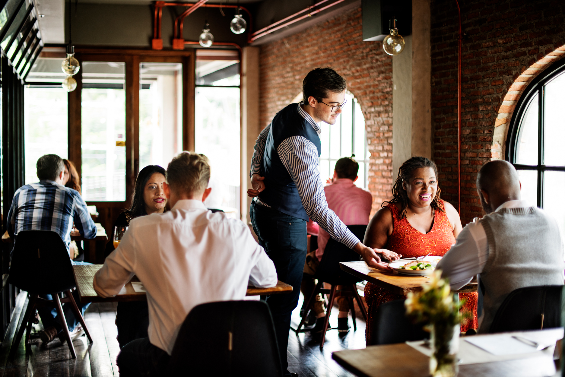 Is It Safe to Dine Out at Restaurants During the Coronavirus Pandemic?