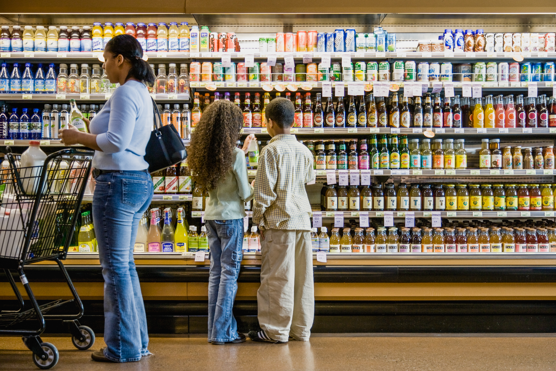 How To Shop For Food Safely During The Coronavirus Outbreak