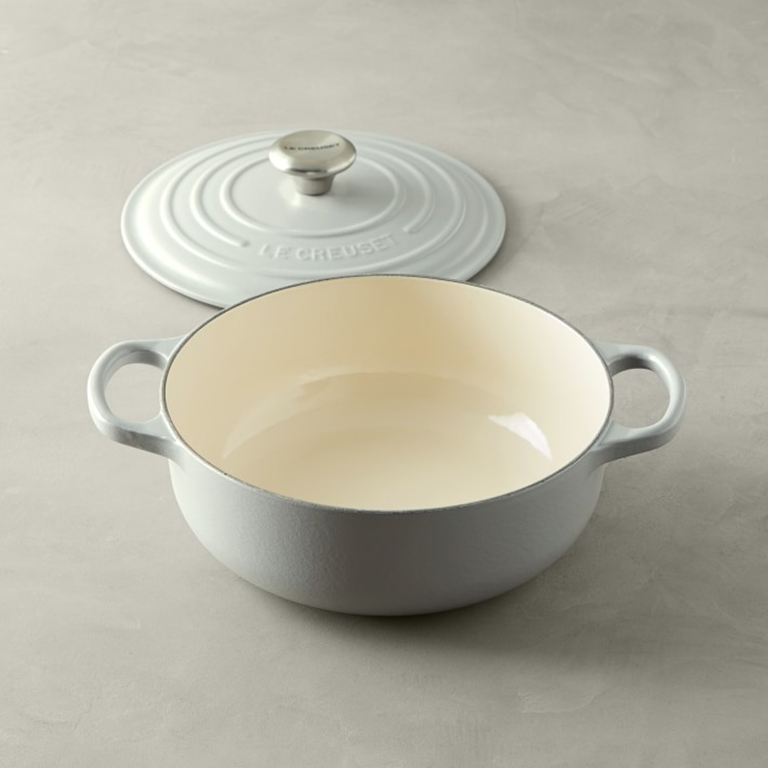 Le Creuset Signature Cast-Iron 3 1/2-Qt. Essential Oven