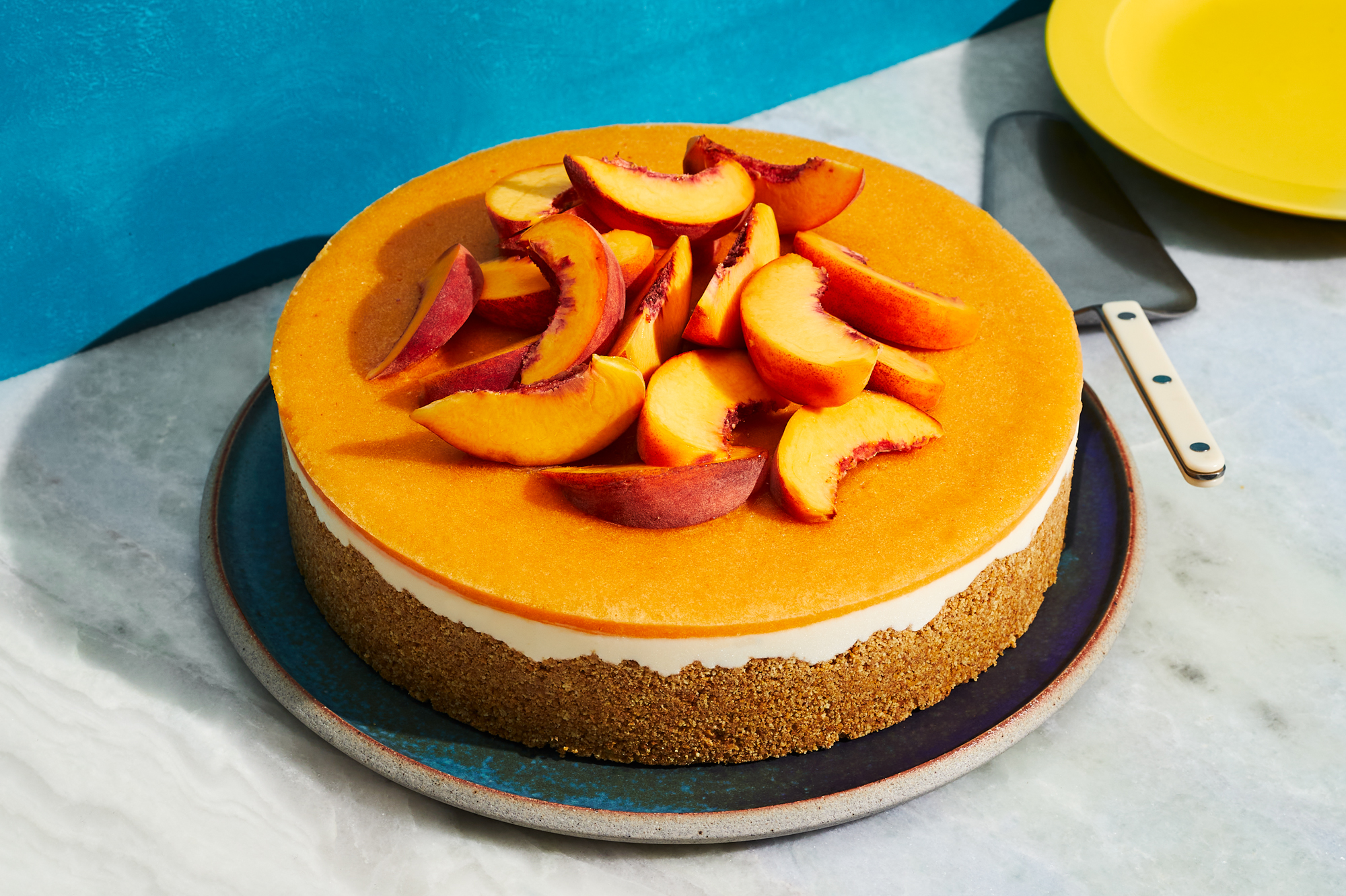 No-Bake Peaches-and-Cream Cheesecake