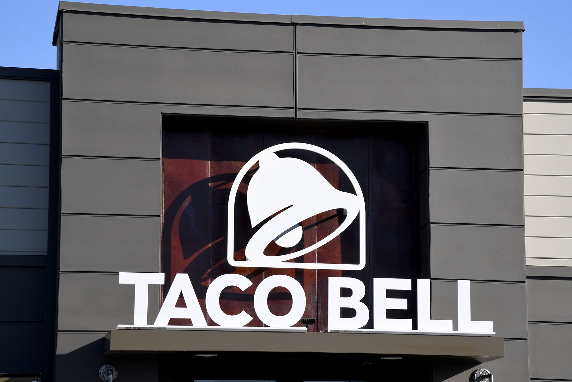 A Taco Bell restaurant location