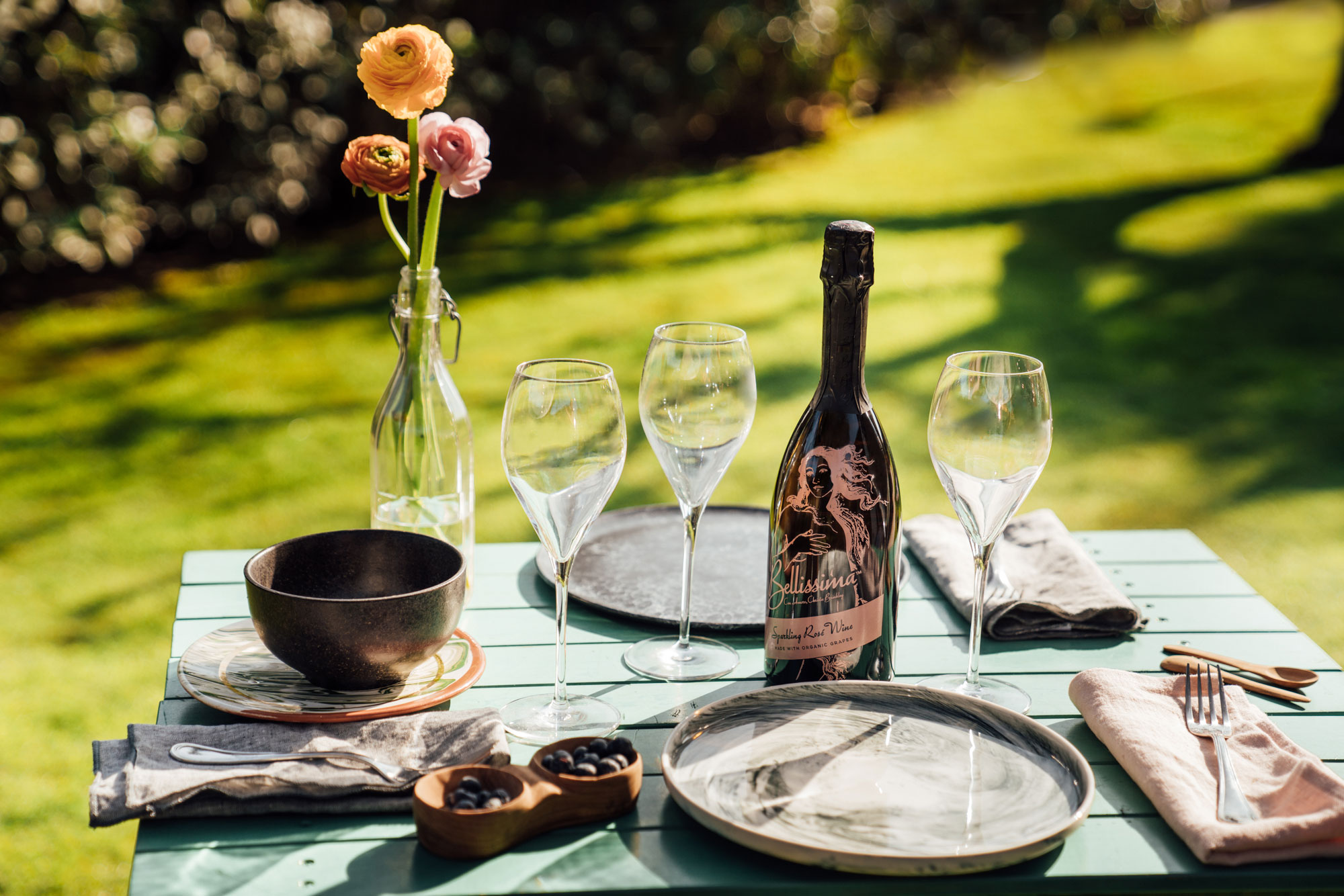 Outdoor Table Setting with Bellissima Rosé Wine