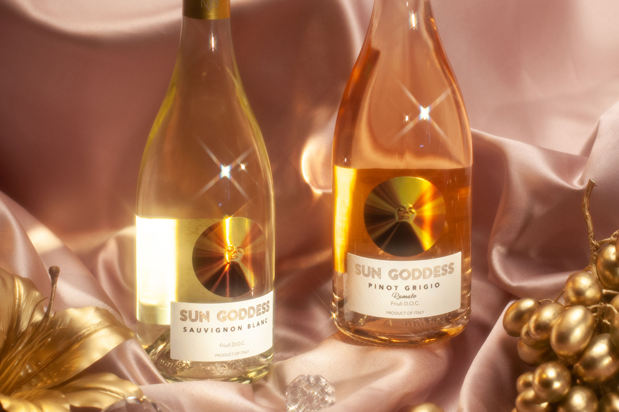 Mary J. Blige Sun Goddess Suvignon Blanc and Pinto Grigio Wine Bottles