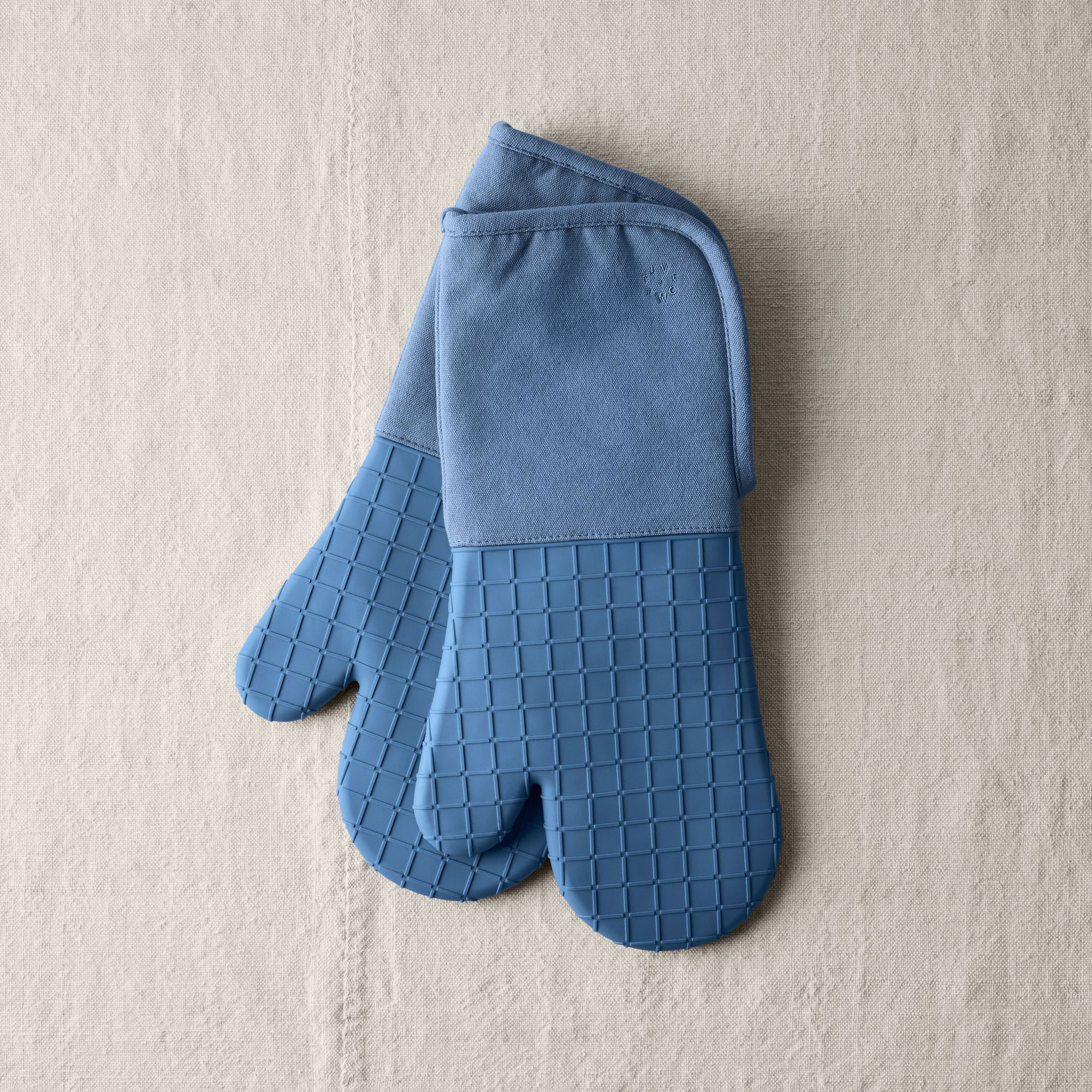 Five Two Oven Mitts