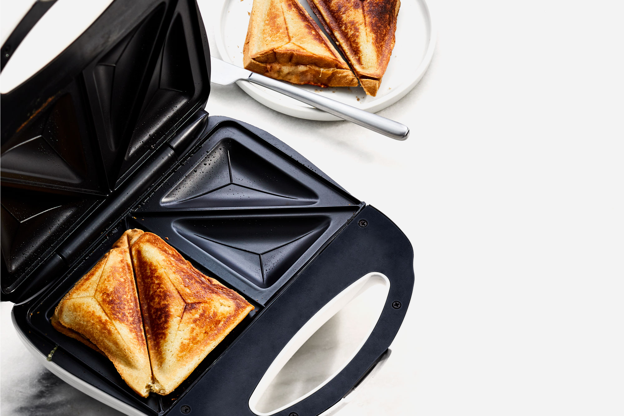 Sweet-and-Smoky Grilled Cheese Toastie