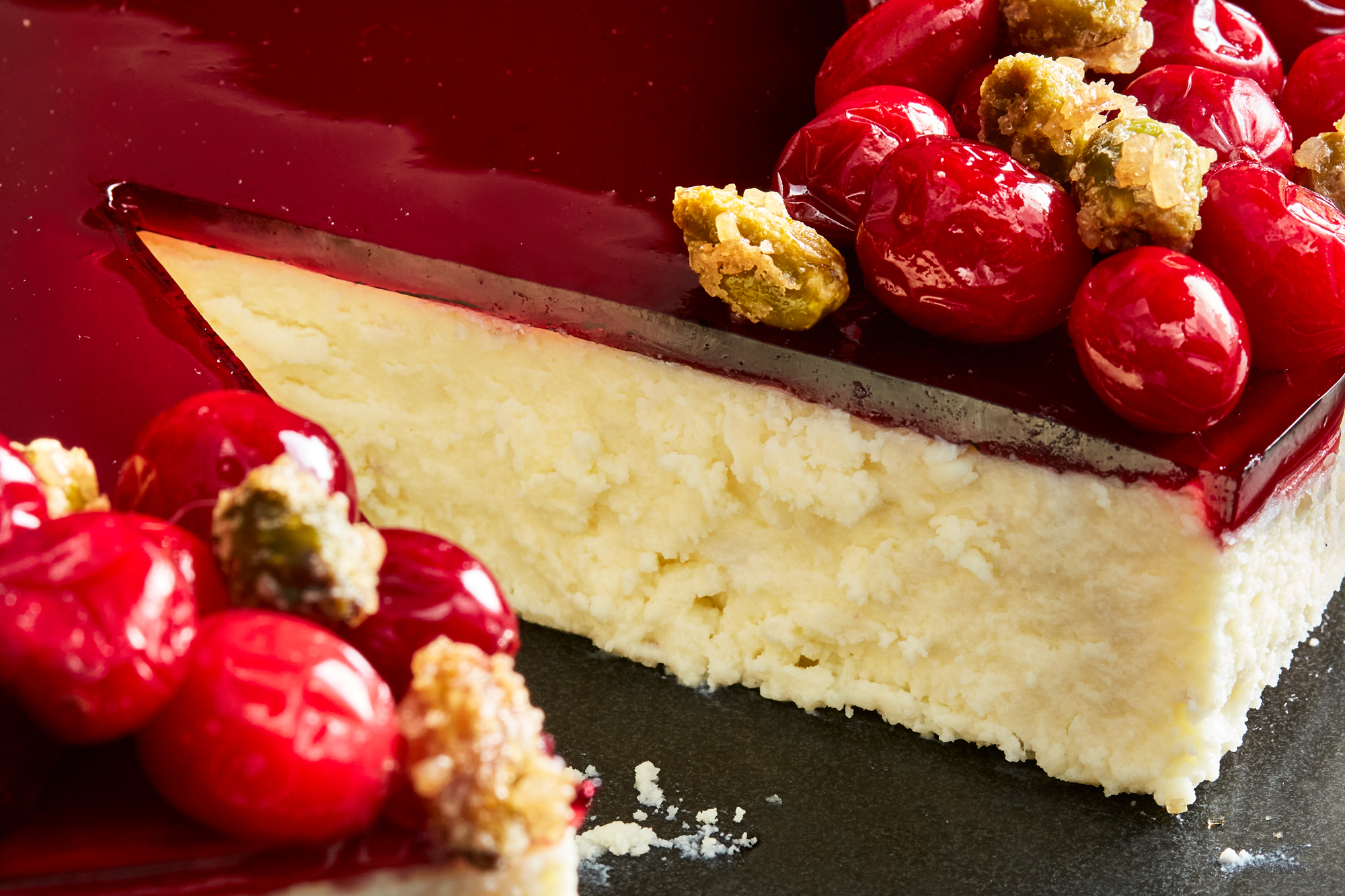 Goat cheese cake with red wine poached cranberries