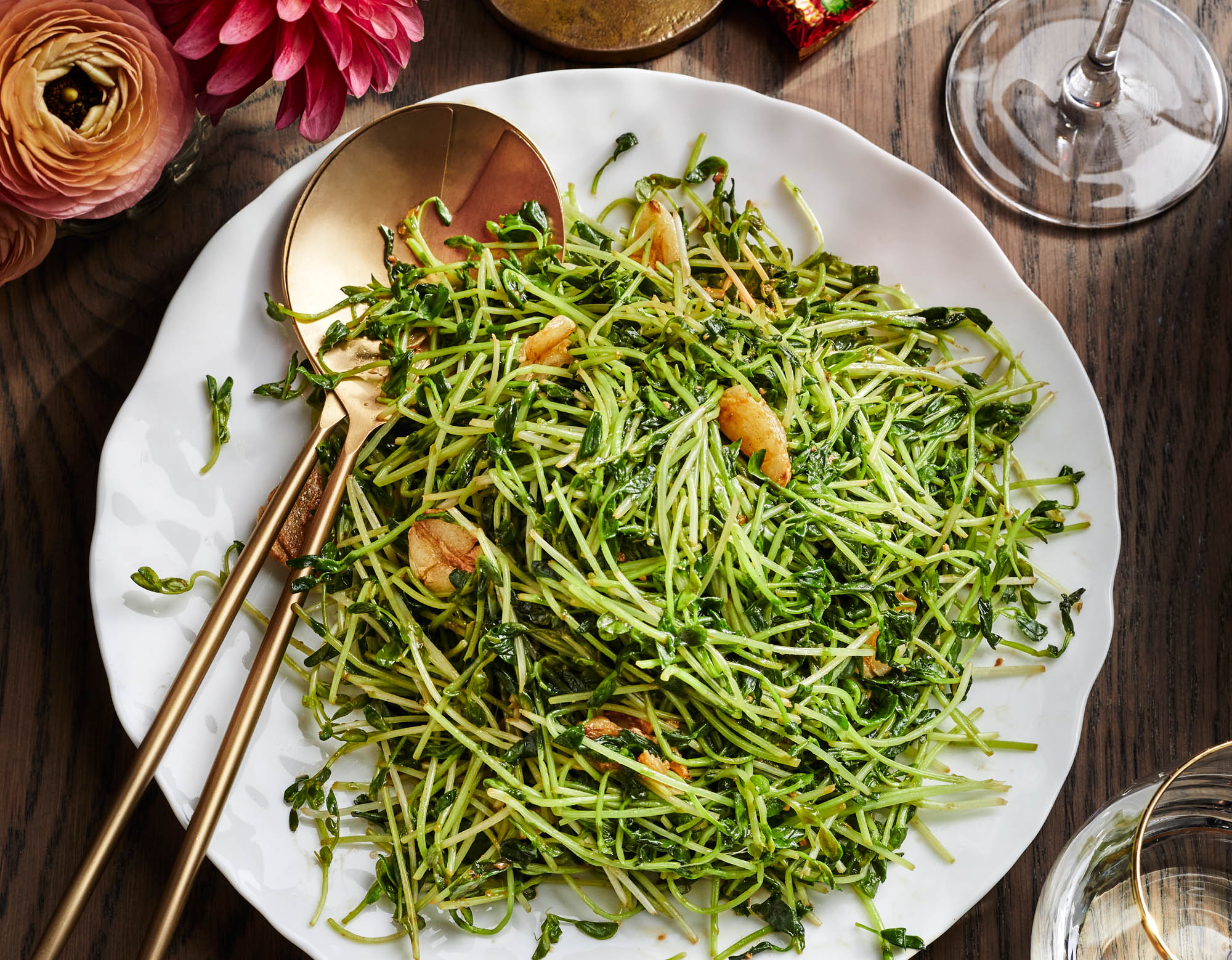 Chow Dau Miu (Garlicky Stir-Fried Pea Sprouts)