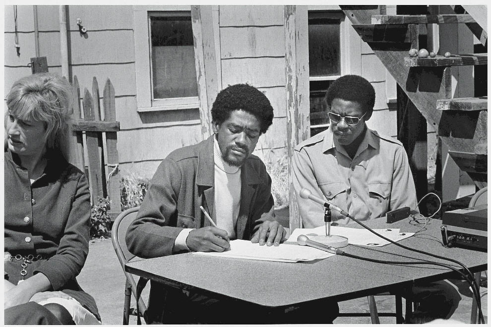 Bobby Seale (L) and David Hilliard (R)