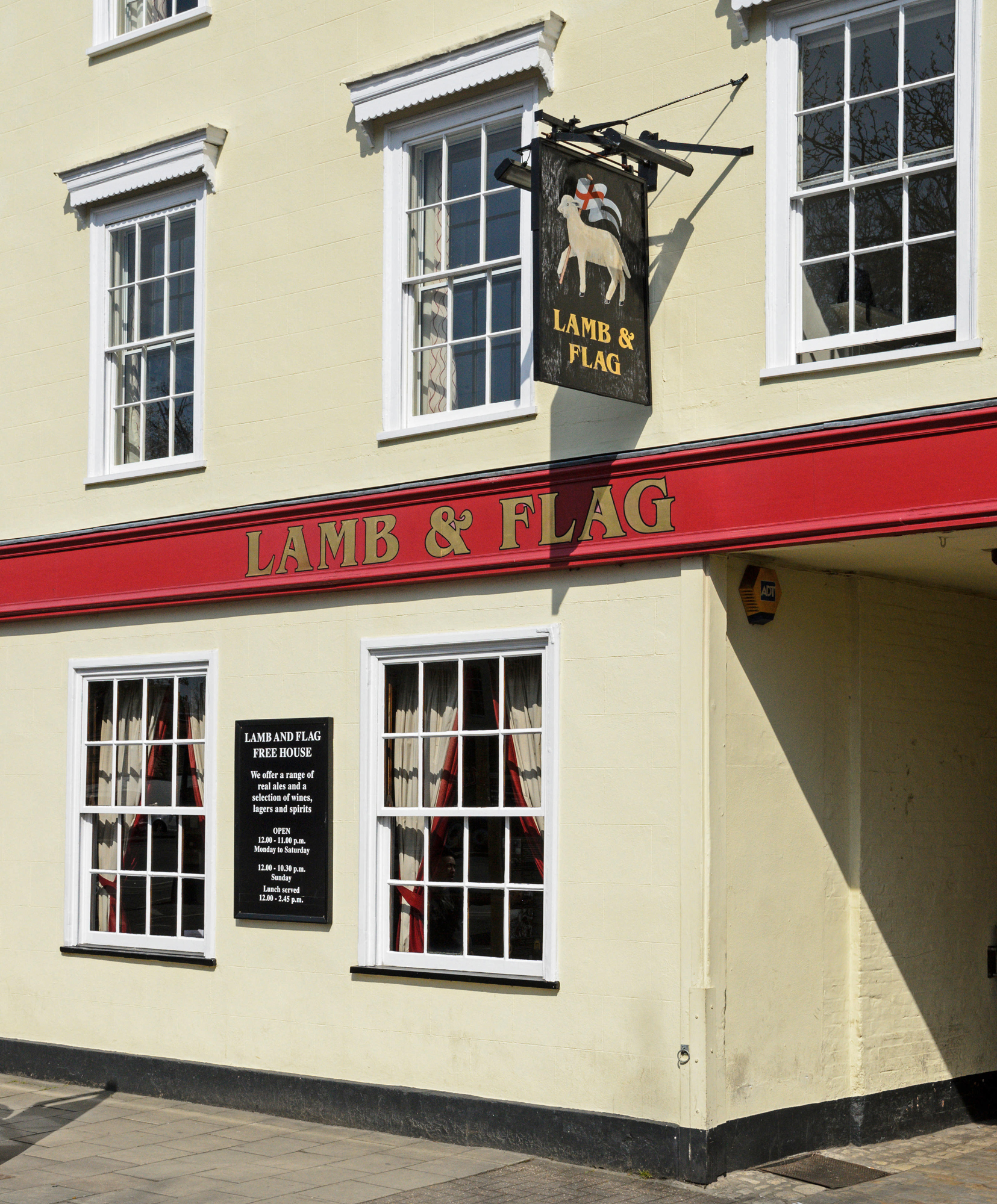 Lamb & Flag Pub in Oxord
