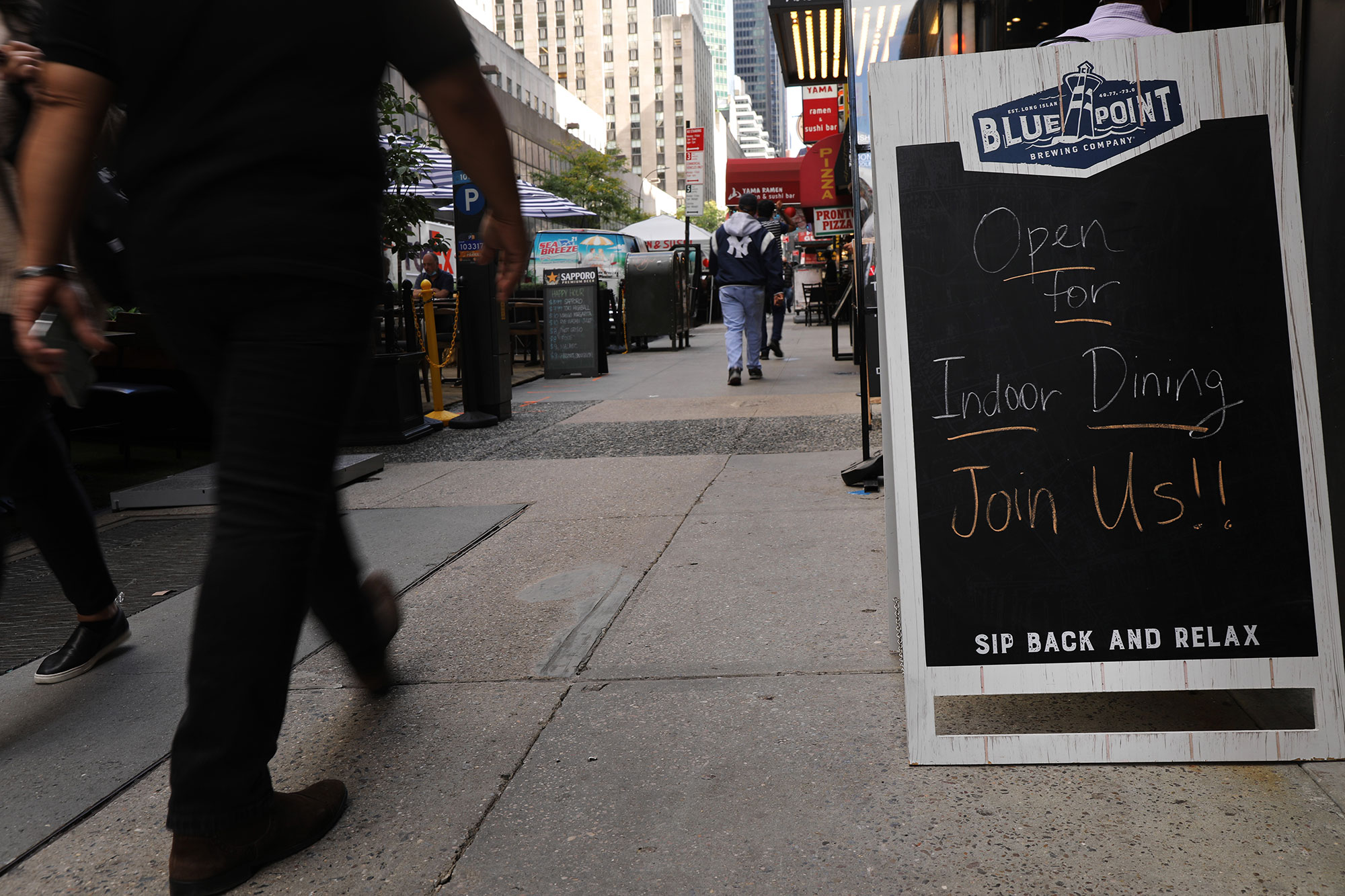 Indoor Dining Returns To NYC Restaurants At 25% Capacity