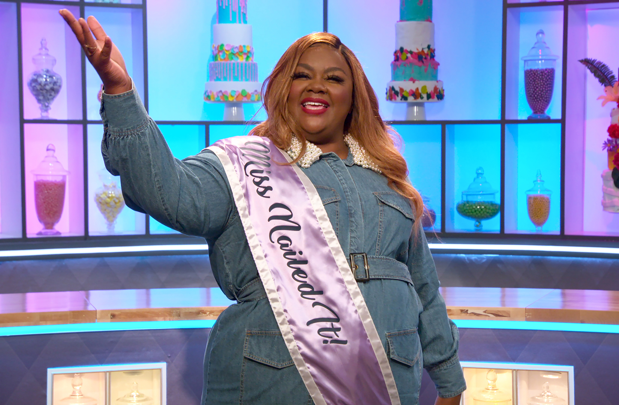 NAILED IT Season 5 Nicole Byer in the episode The Burbank State Fair of NAILED IT