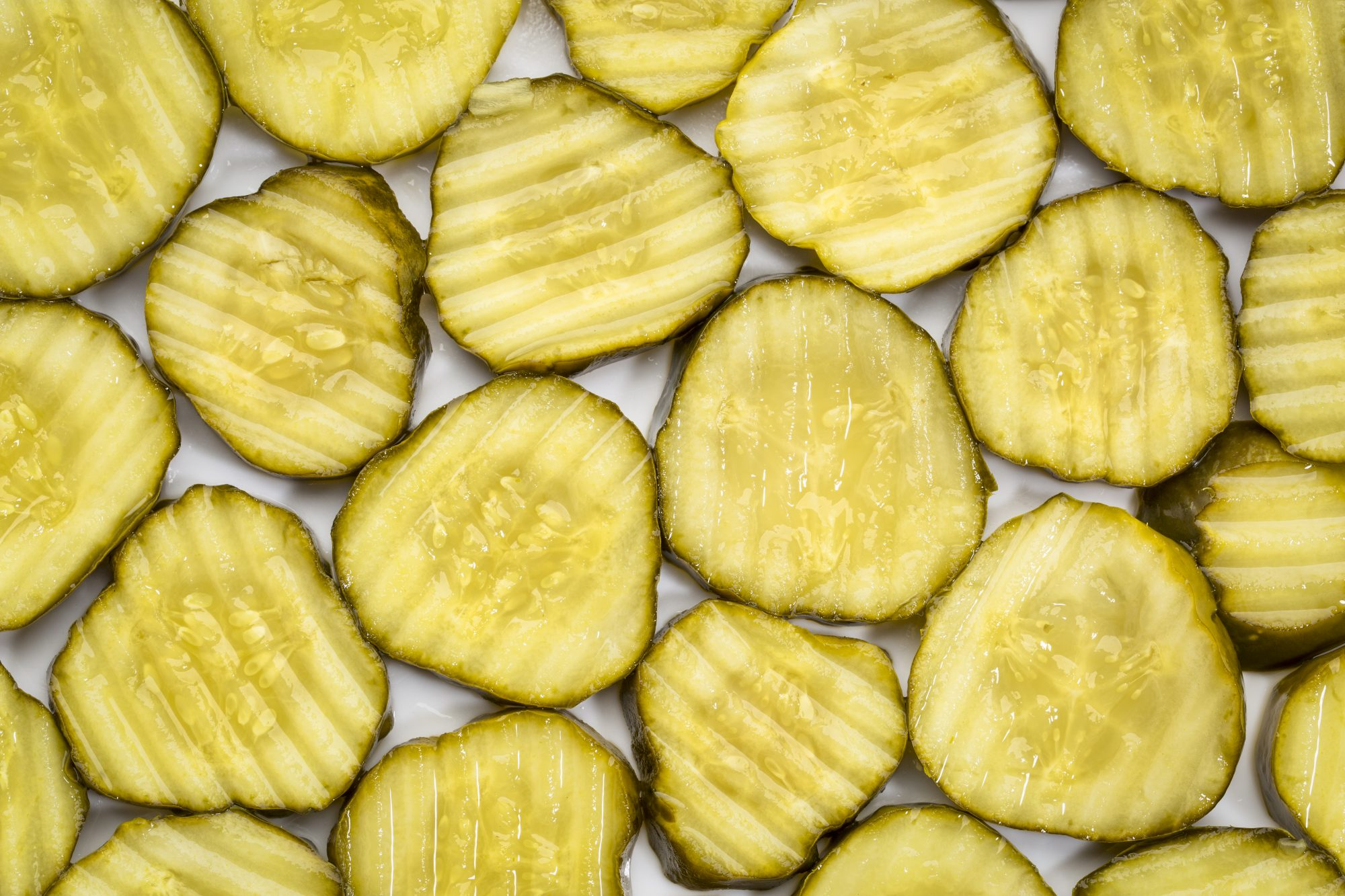 slices of cucumber pickles