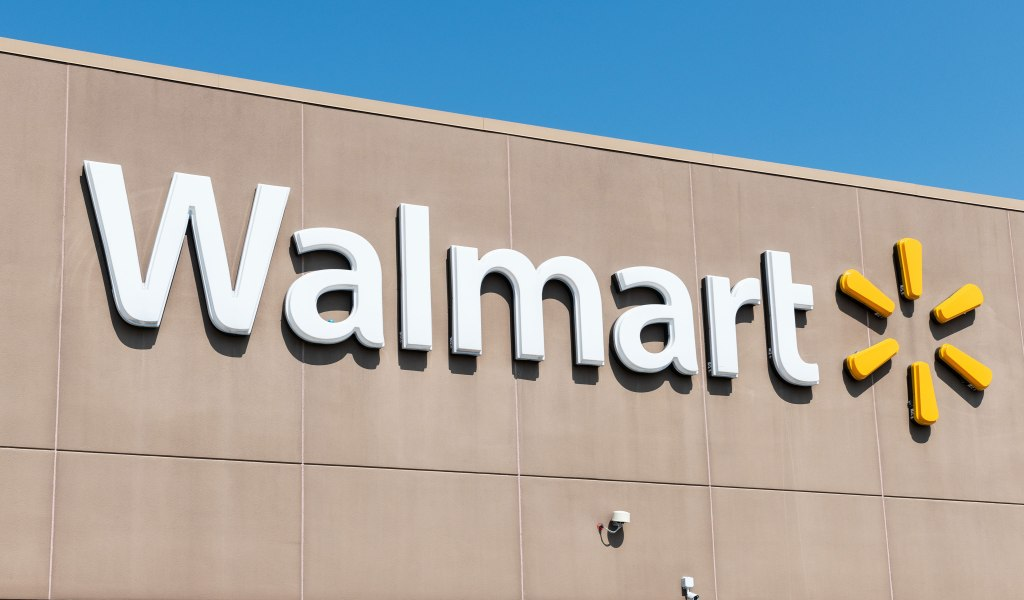 Texas Walmart Bans Woman Who Ate Half a Cake in Store — and Demanded Half Off the Price gettyimages-1011799346