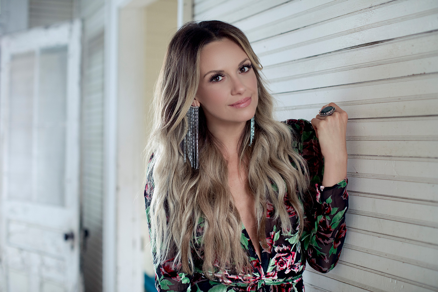 Carly Pearce Talks About Her Divorce and What She's ...