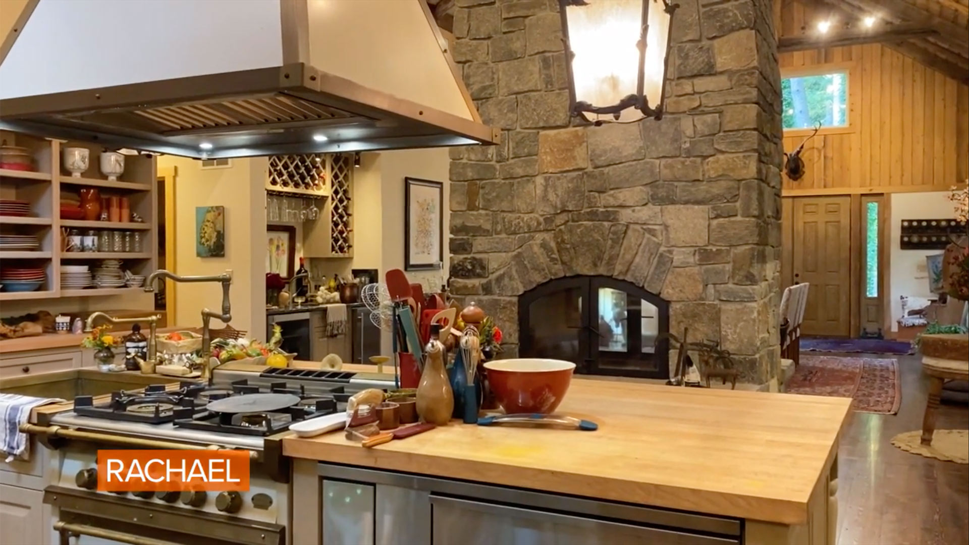 Rachael Ray Gives a Tour of Her Guest House After Her Fire ...
