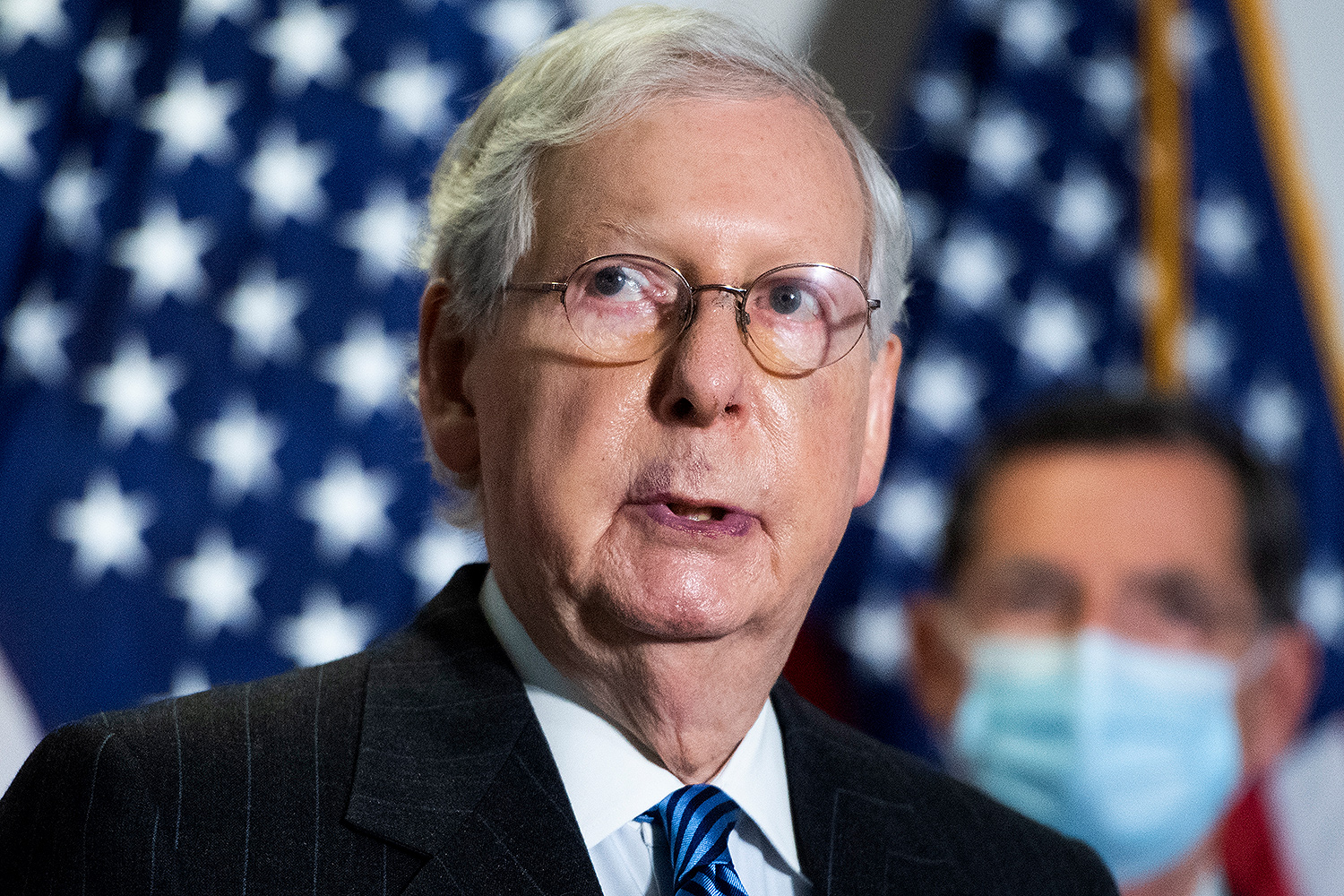 mitch mcconnell hands - photo #13