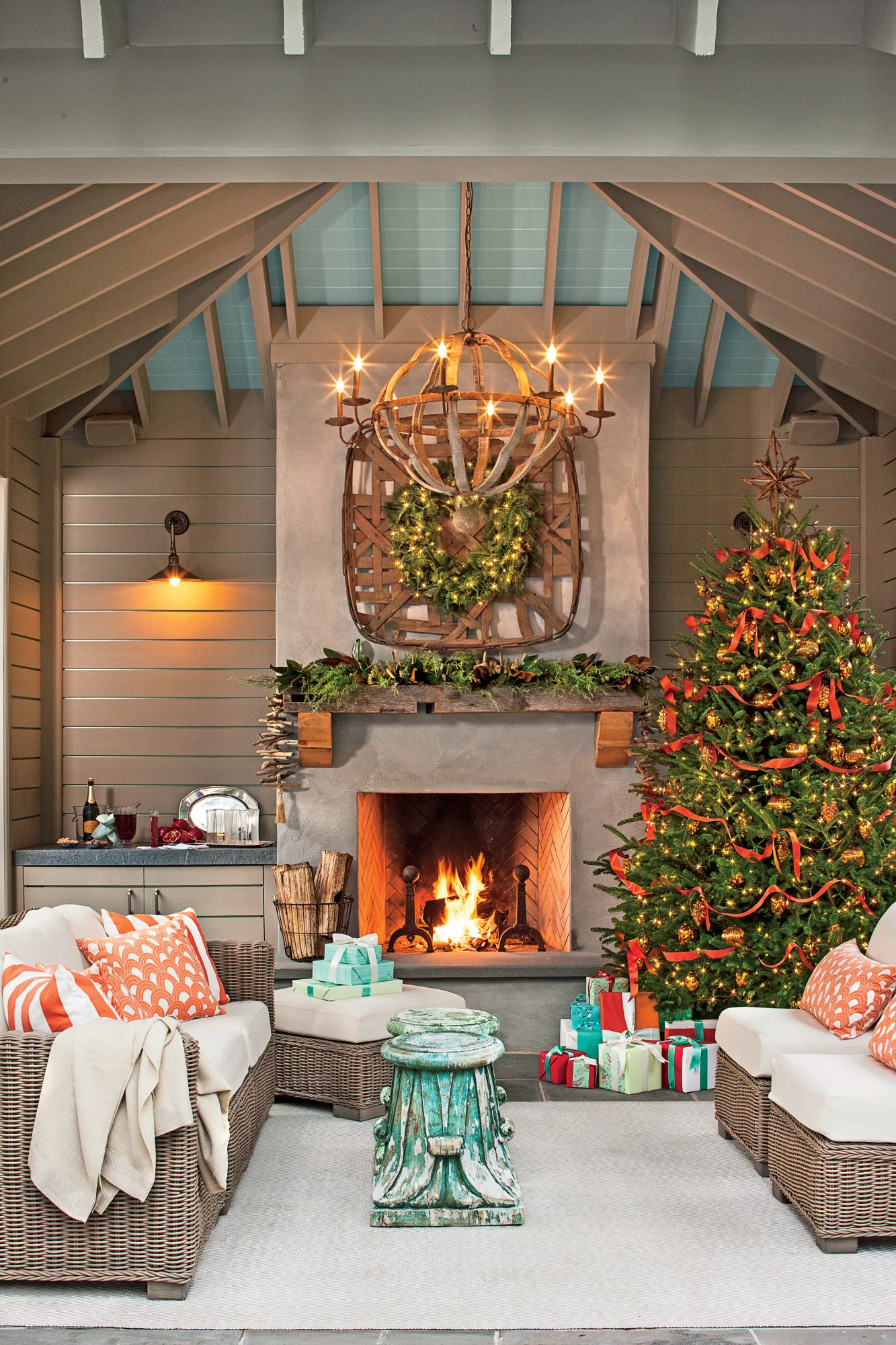 100+ Best-Ever Christmas Decorating Ideas for 2020 ...