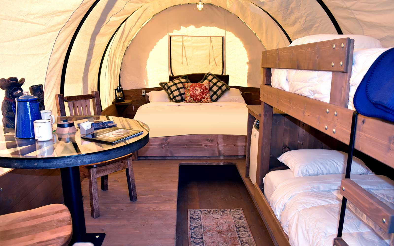 You Can Go Glamping Oregon Trail Style in Yosemite's New ...