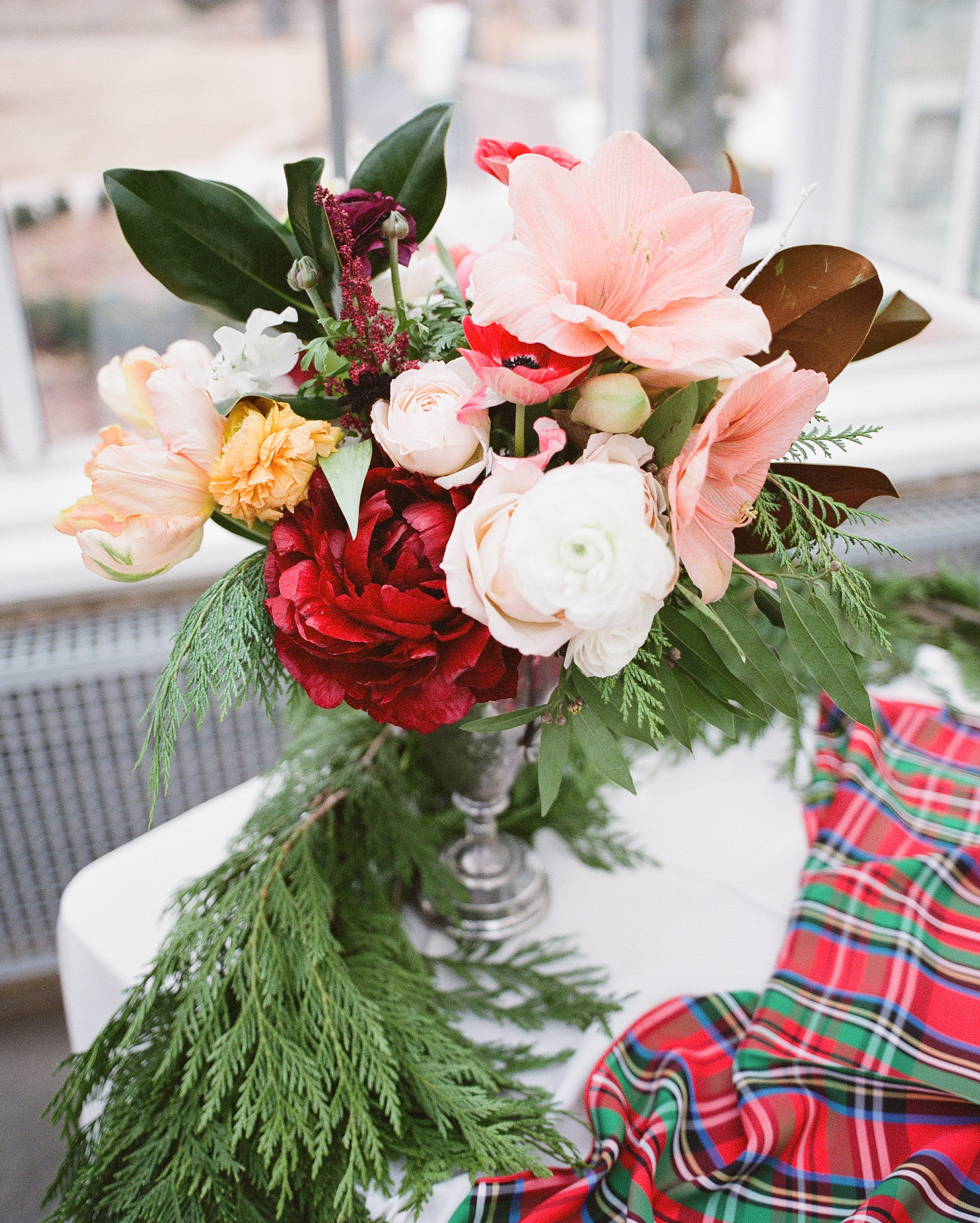 Vermont Wedding Flowers: 32 Unique Ideas For Winter Wedding Favors