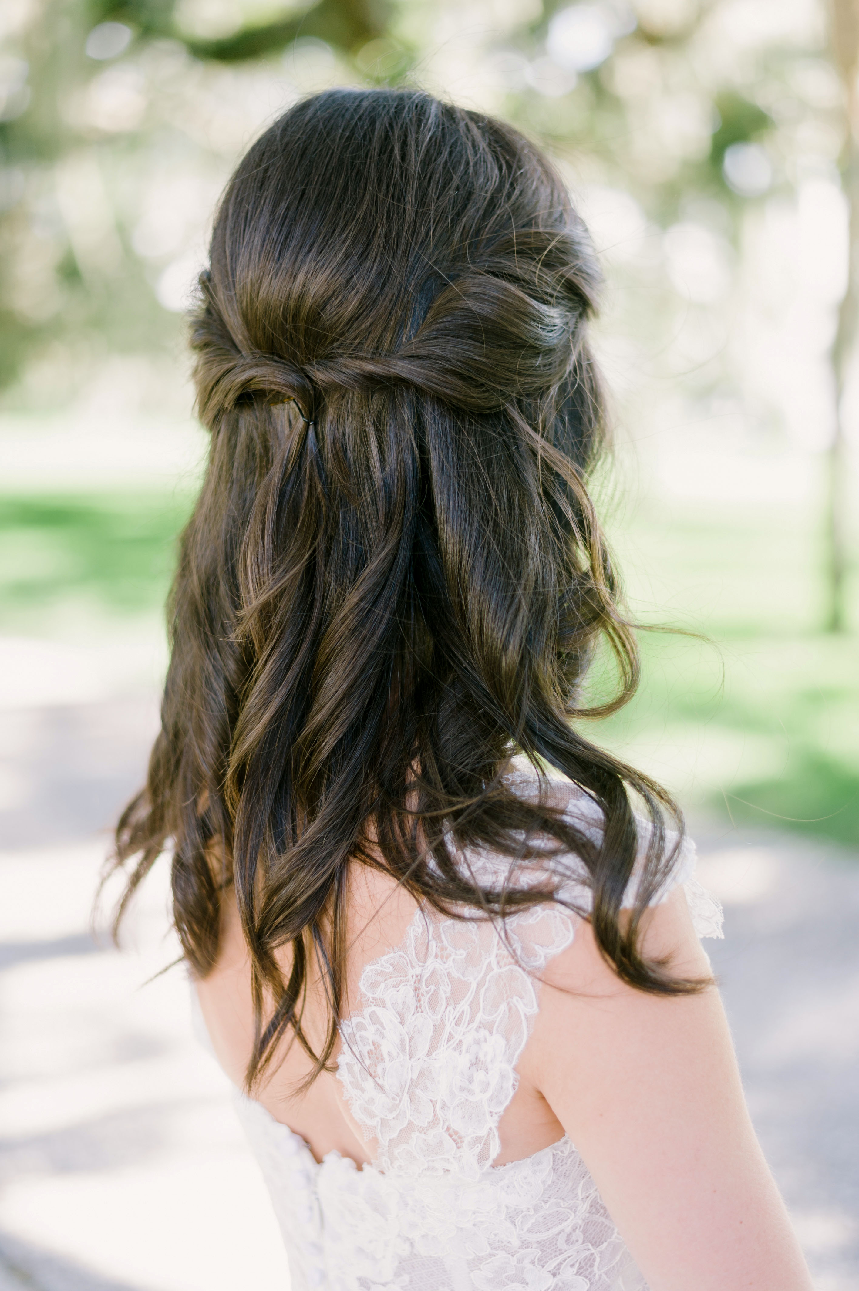 55 Simple Wedding Hairstyles That Prove Less Is More ...