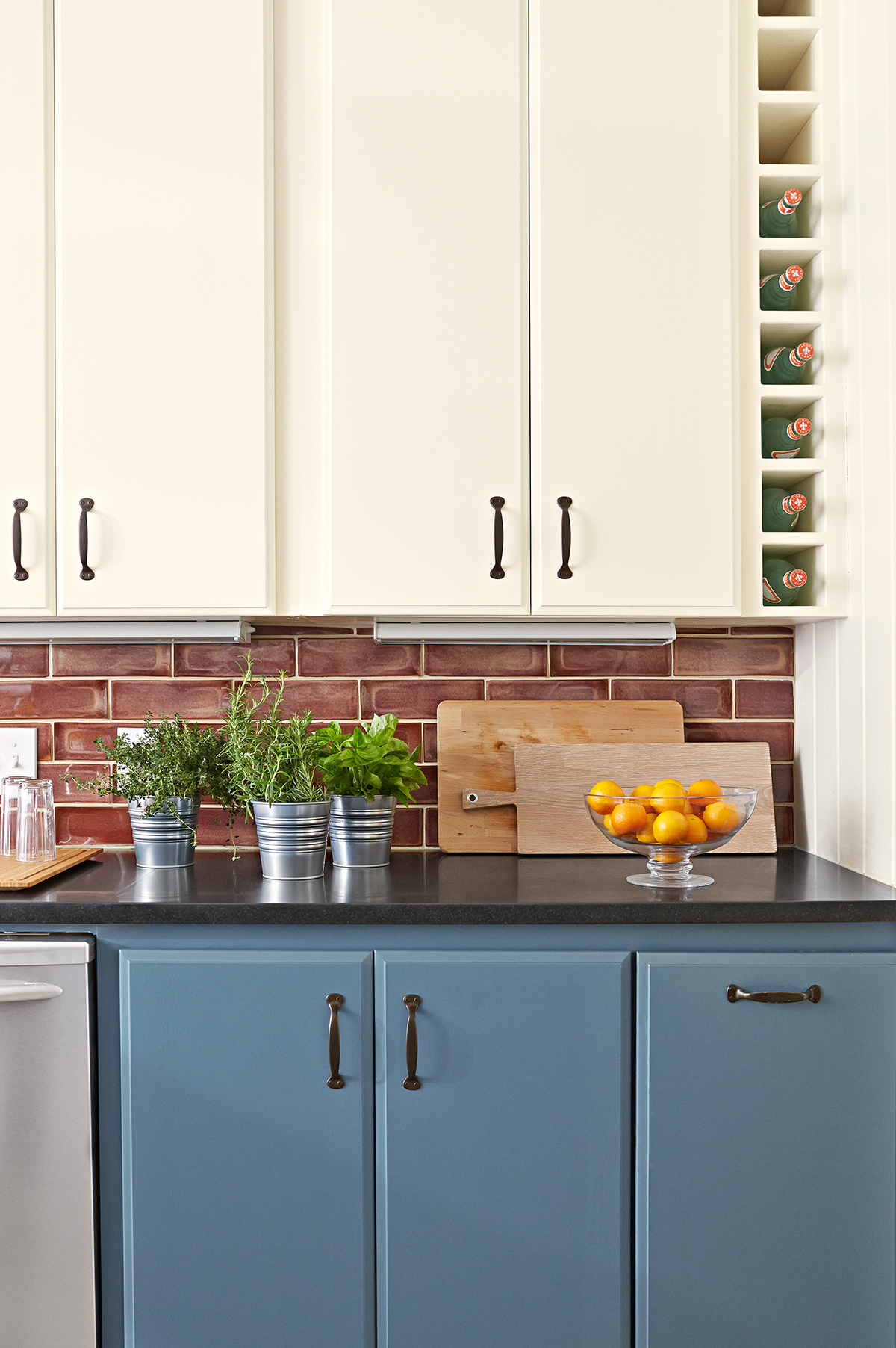 Our Guide to Under-Cabinet Lighting   Better Homes & Gardens