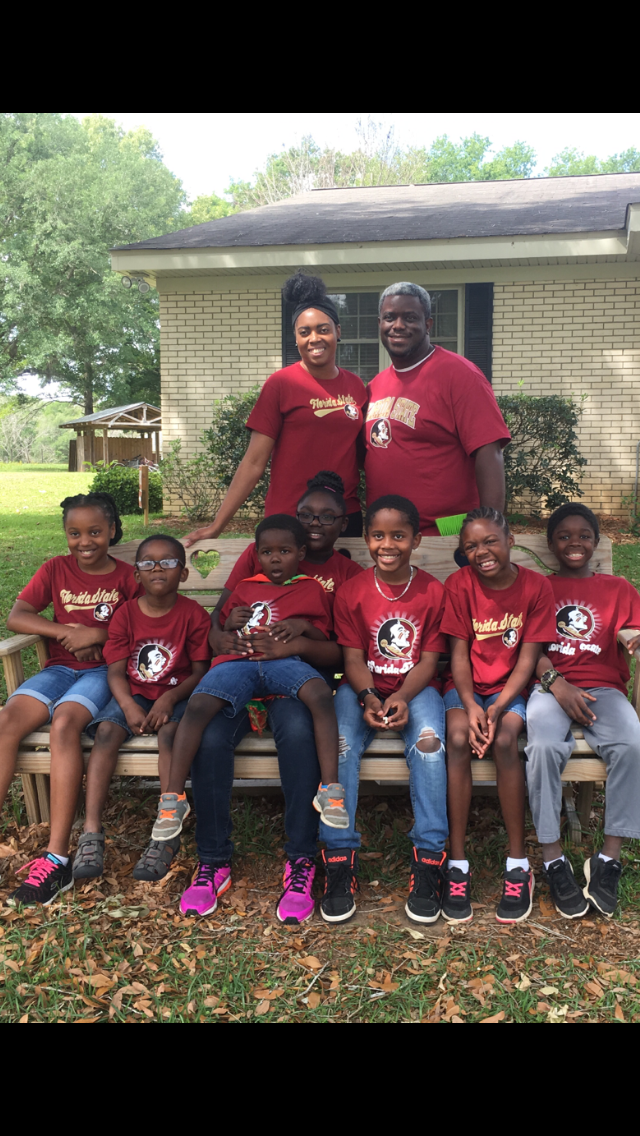 Florida Couple Plans to Adopt 7 Siblings to Keep Them ...