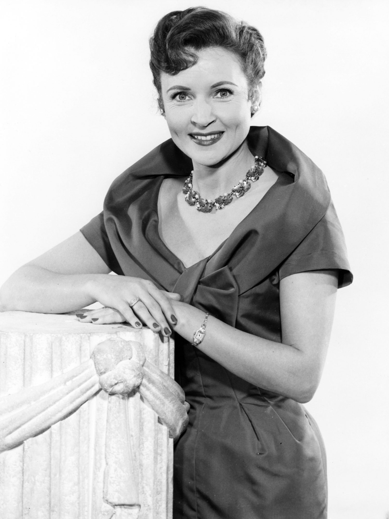 Betty White Photos Through the Years | EW.com