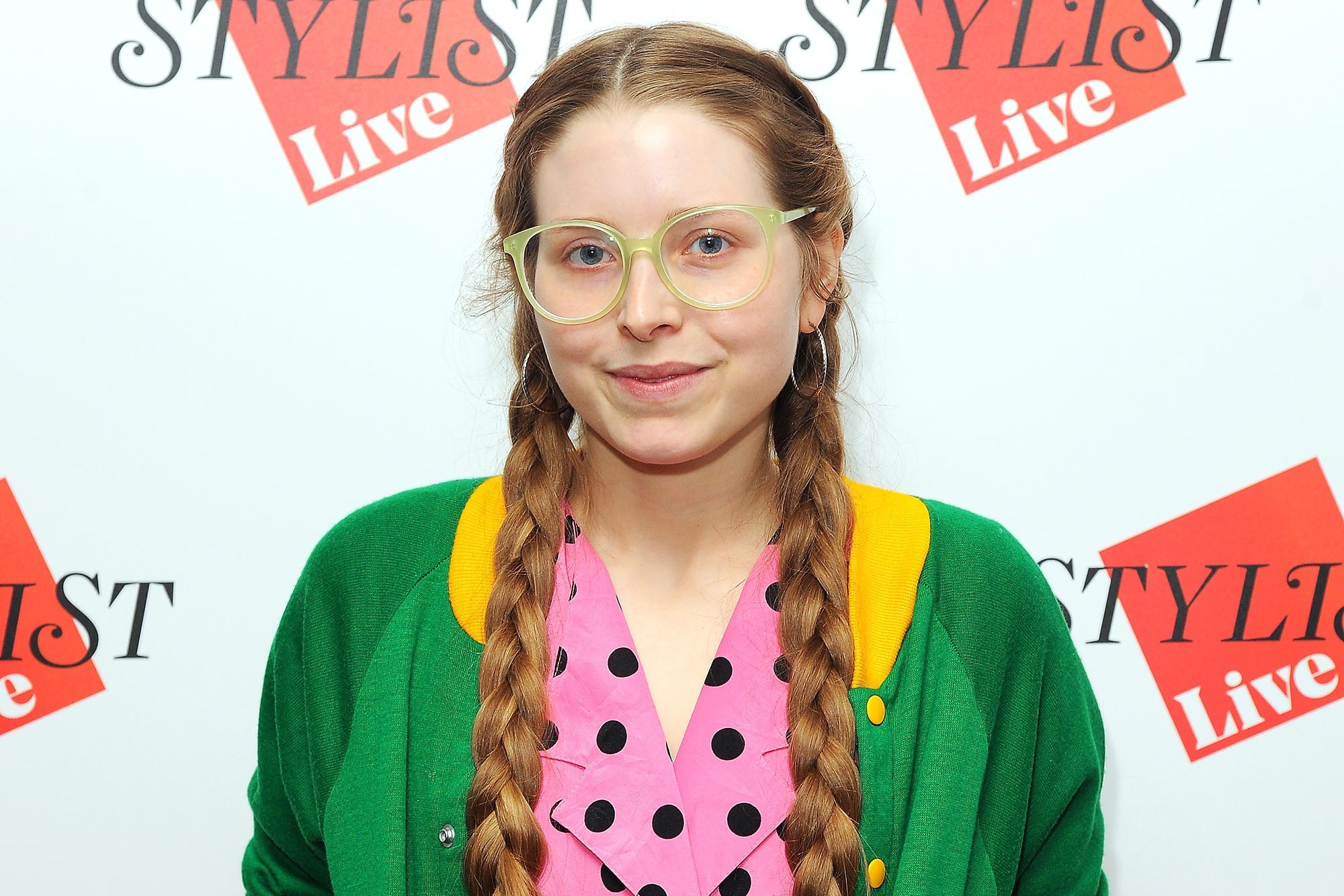 Jessie Cave's infant son is hospitalized with COVID-19 ...