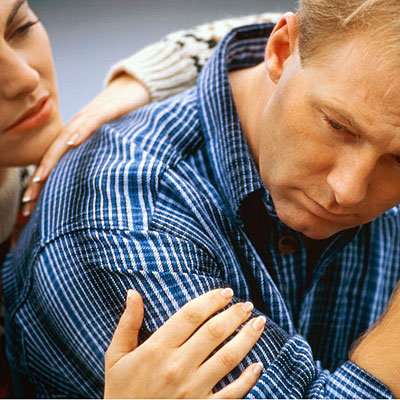 couple-comforting-copd