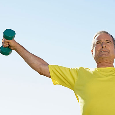 man-lifting-weight-copd