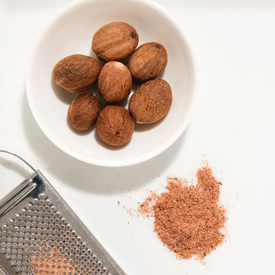 nutmeg-natural-ingredient