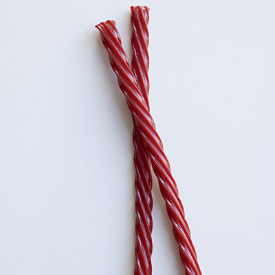 twizzler-rope-twists