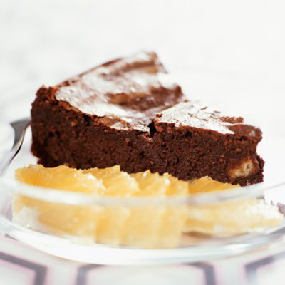 warm-chocolate-cake-citrus