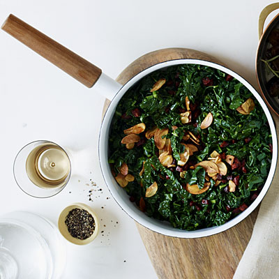 Sauteed Kale With Chorizo and Crispy Garlic