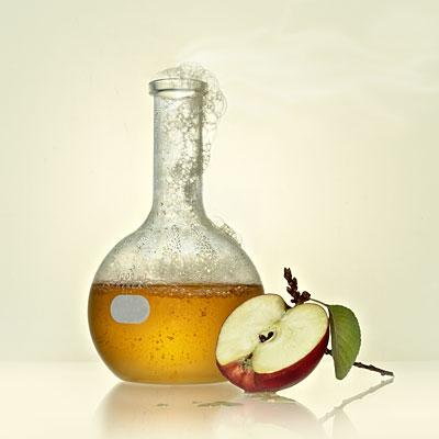 The Burning Question: Is Apple Juice Dangerous or Not?