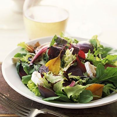 mixed-green-salad-calories