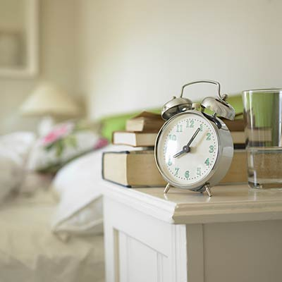clock-beside-table