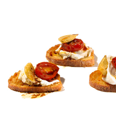 Creamy: Goat Cheese and Roasted Tomato Crostini